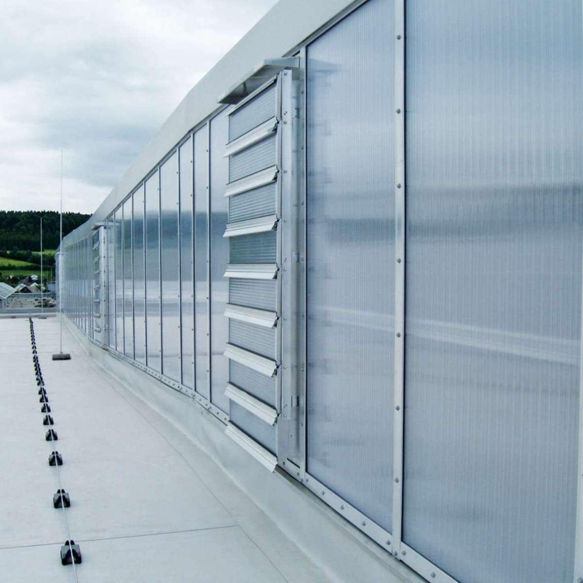 J. Schmalz GmbH  | Glatten • 1200m² shed glazing polycarbonate, 47NSHEV louvered ventilators