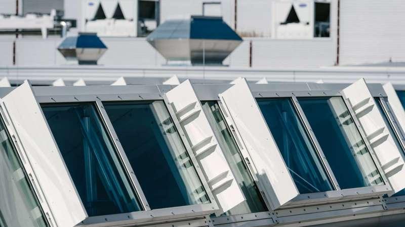Endress+Hauser GmbH + Co. KG | Maulburg • Shedline glas rooflight, 6 units - each 14m x 2m, 24 NSHEV flaps