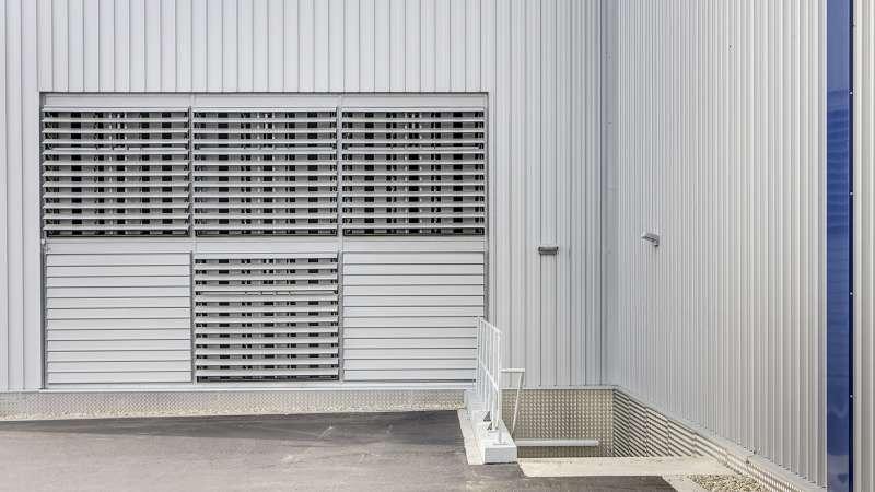Schumacher Group | Greven • Lyra-star aluminium louvered ventilator with pneumatic open/close control.