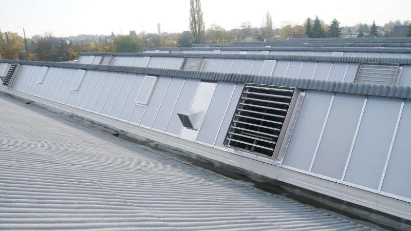 ABB Grundbesitz GmbH | Ladenburg • 72 Leo-vent polycarbonate ventilation wings with 24 V technology